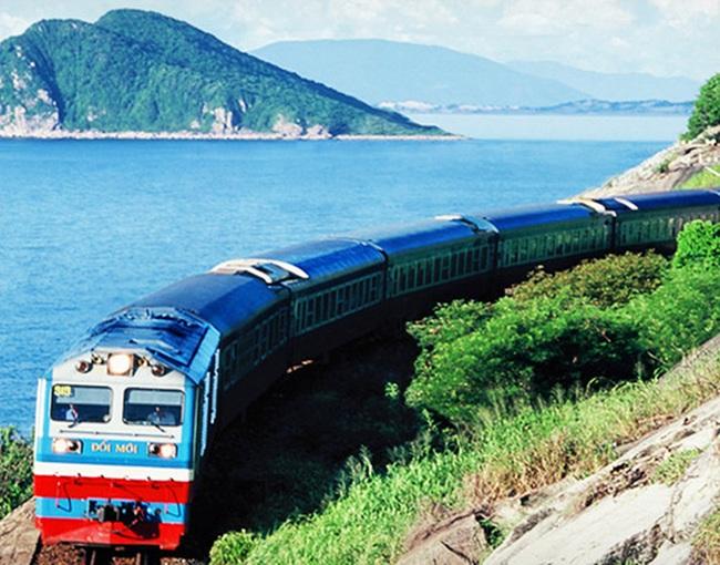 Tổng công ty Đường sắt xin tạm ứng 471 tỷ đồng để trả nợ
