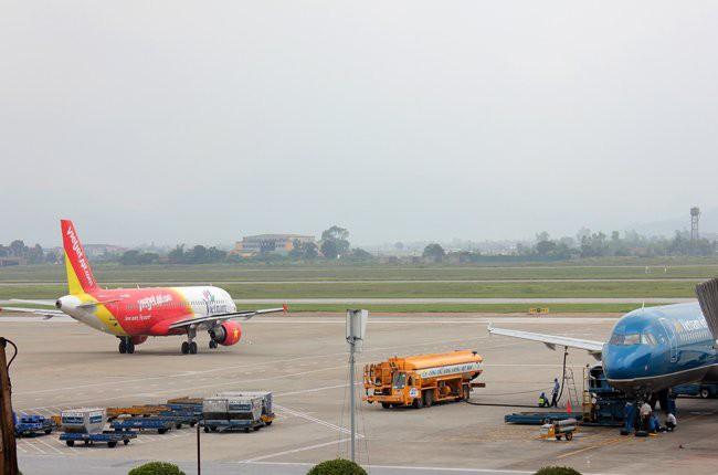 Nhiều chuyến bay bị ảnh hưởng do thời tiết xấu tại Hải Phòng, Đồng Hới