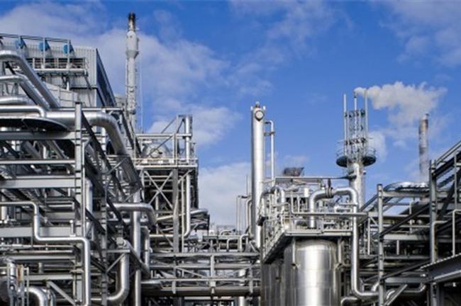 """Cổ phiếu dầu khí """"bỏ quên"""" giá dầu"""