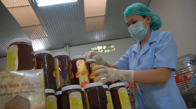 Mật ong đi Mỹ: Chi phí kiểm tra 1 container bằng 19 tấn hàng