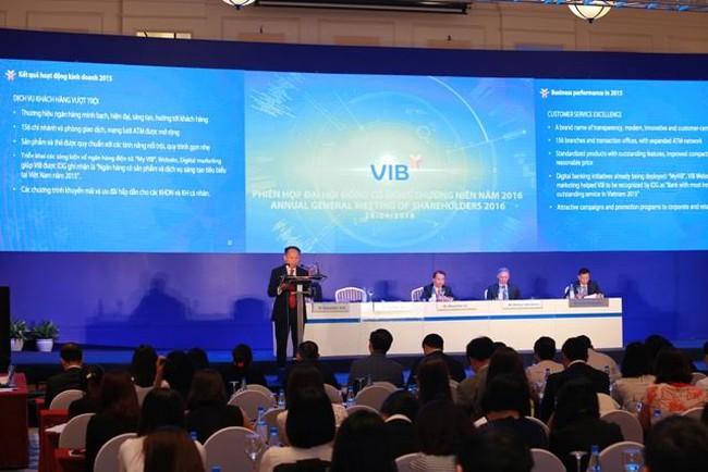 ĐHCĐ VIB: Sẽ lên sàn vào năm 2018, duy trì cổ tức và cổ phiếu thưởng 15-25%/năm