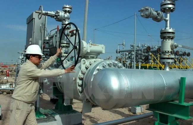 Giá dầu thế giới giảm mạnh do tâm lý thận trọng của nhà đầu tư