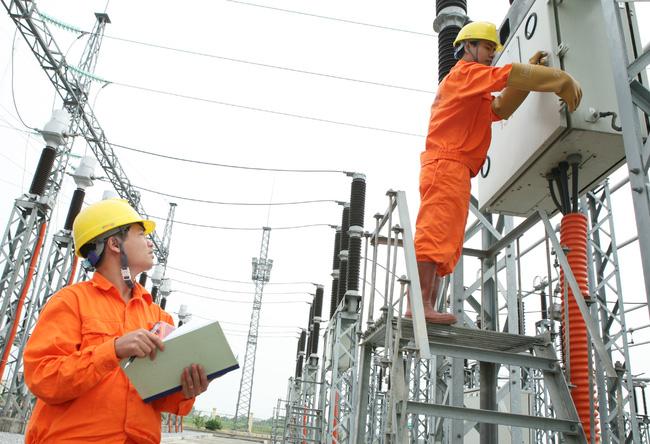 EVN được quyền tăng 20% giá điện mỗi năm là bất hợp lý?