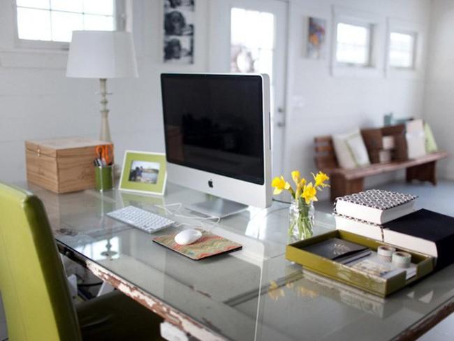 Muốn thăng tiến phải chú ý đến cách bố trí bàn làm việc ngày đầu năm