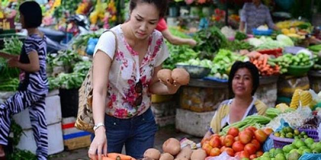 Những yếu tố gây sức ép làm tăng giá cả tháng 8