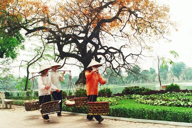 Quỹ đầu tư nước ngoài ồ ạt đổ tiền vào chứng khoán Việt Nam để đón đầu tăng trưởng