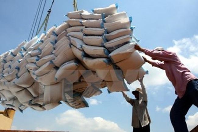 Xuất khẩu quý 1 chậm lại, khối ngoại giúp xuất siêu 776 triệu USD