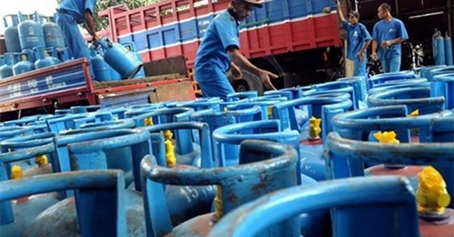 Hơn 700 doanh nghiệp gas đòi Bộ Công Thương bồi thường vì... hạ tiêu chuẩn kinh doanh