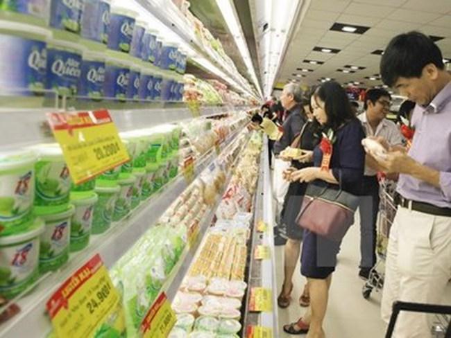 Giá cả hàng hóa tiếp tục ổn định trong ngày mùng 4 Tết