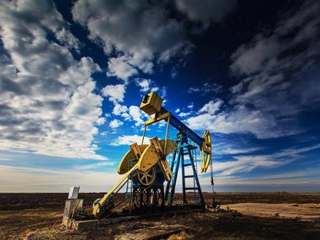 Giá dầu Brent tại châu Á đã vượt mức 34 USD mỗi thùng
