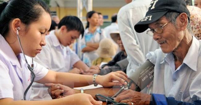 Tăng trưởng kinh tế Việt Nam sẽ bị kéo giảm vì già hóa dân số