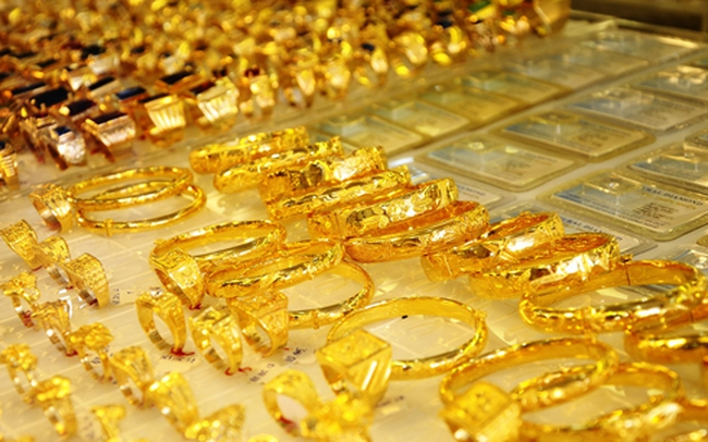 Giá vàng tăng thêm 2 triệu đồng mỗi lượng chỉ sau vài giờ đồng hồ