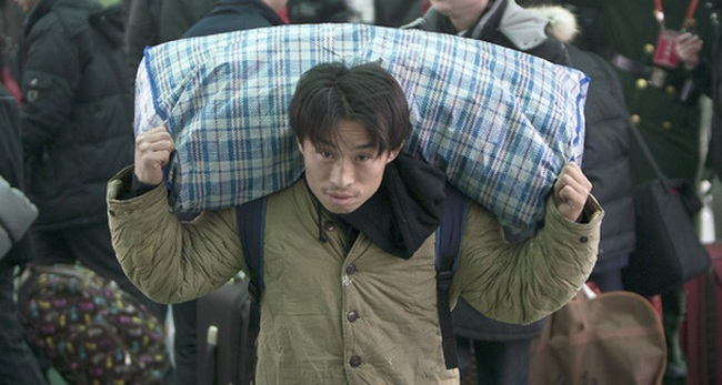 Kinh tế gặp khó, lao động Trung Quốc kéo nhau về quê ăn Tết sớm và không hẹn ngày quay lại