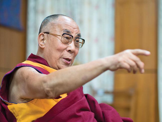Đức Đạt Lai Lạt Ma lay động lòng người khi nói về cội nguồn hạnh phúc: Bản chất con người là từ bi và tử tế