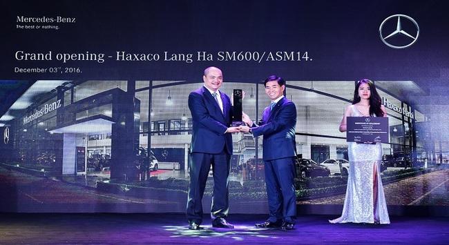 Mercedes-Benz Việt Nam nâng tầm Haxaco Láng Hạ với tiêu chuẩn Autohaus 600