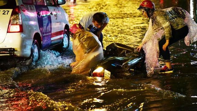 Chánh Văn phòng UBND TP.HCM:Khó bồi thường do mưa ngập
