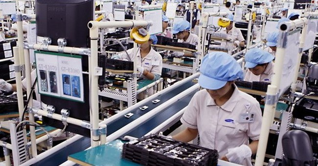 Năng suất lao động: 16 người Việt làm bằng 1 người Singapore