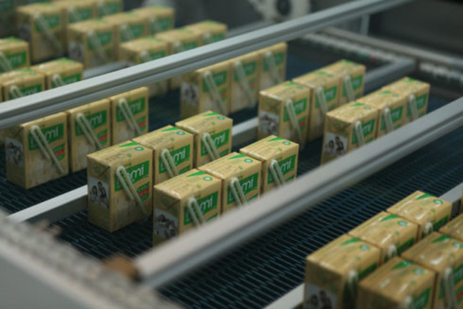 Gia đình chủ tịch HĐQT sữa đậu nành Vinasoy soán ngôi gia đình giàu có trên thị trường chứng khoán của nhà ông Trầm Bê