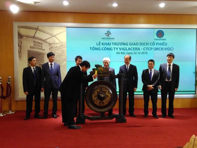Cổ phiếu Viglacera (VGC) tăng giá ngay sau khi chào sàn HNX