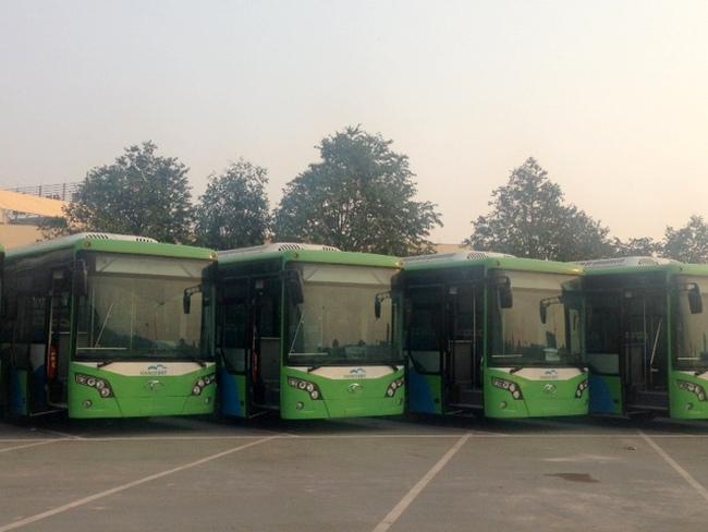 Cận cảnh những chiếc xe bus nhanh BRT đầu tiên tại Hà Nội