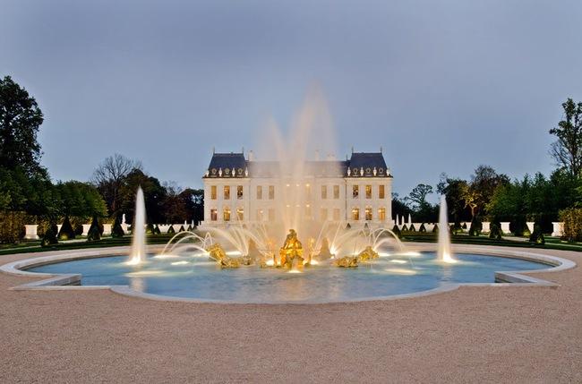 Khám phá siêu lâu đài đắt nhất hành tinh tại Pháp