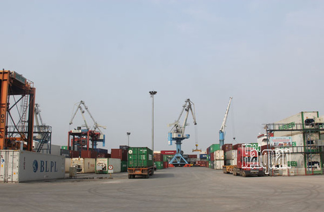 Việt Nam xuất siêu 2,26 tỷ USD