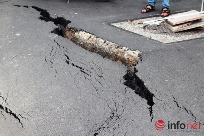 TPHCM: Sụt, nứt nghiêm trọng trên đường Trường Sa