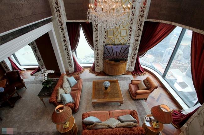 """Phòng khách sạn trăm triệu xa xỉ nhất Việt Nam có gì """"đặc biệt""""?"""