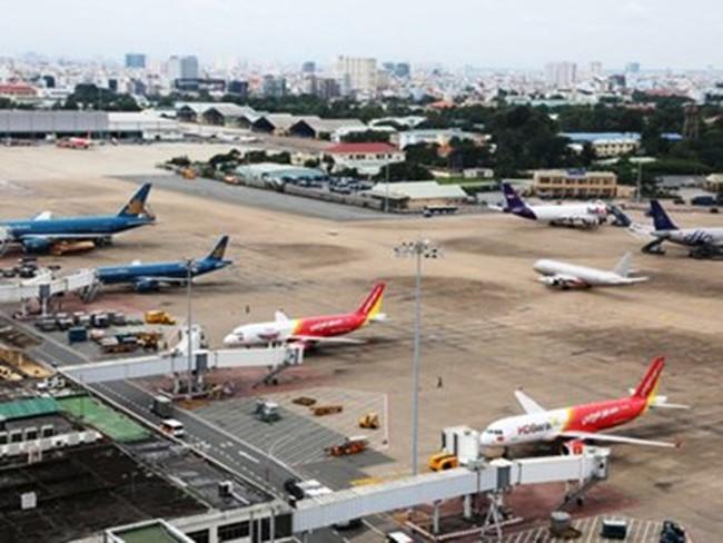 Tăng chuyến bay dịp Tết : Lo ùn tắc... trên trời nghiêm trọng