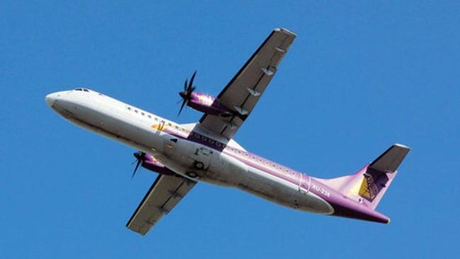 """Gió thổi """"văng"""" ATR 72 khỏi đường băng Tân Sơn Nhất"""