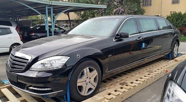 Ô tô Hàng Xanh tính thâu tóm PTM bằng phương thức chào mua công khai lạ