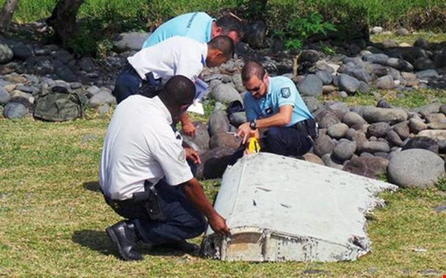 Xác nhận hai mảnh vỡ ở Mozambique đúng là của MH370