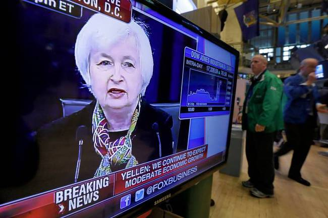 Fed giúp phố Wall tăng vọt