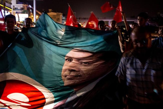 """Tổng thống Thổ Nhĩ Kỳ: """"Tôi sẵn sàng chết"""""""