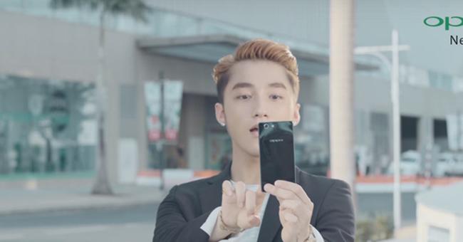 """Đây là cách """"điện thoại Sơn Tùng"""" đánh bại Apple, Samsung"""