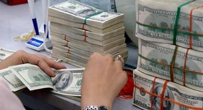 Kiểm soát nhu cầu vay ngoại tệ nhằm ổn định thị trường ngoại hối