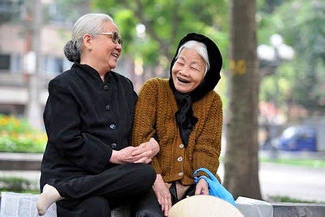 """Ngân hàng Thế giới: """"Nước khác già mới giàu, Việt Nam chưa kịp giàu đã già"""""""