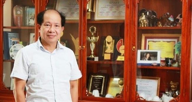 """5 triết lý """"đốt cháy"""" khách hàng của ông chủ ô mai Hồng Lam"""