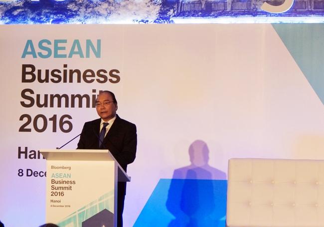 Bloomberg ASEAN Business Summit 2016: Thủ tướng Nguyễn Xuân Phúc cảnh báo về sự trở lại của chủ nghĩa bảo hộ