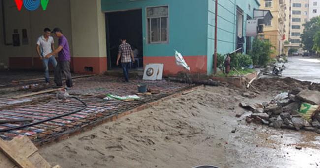 Hà Nội: Nguy hiểm rình rập cư dân ở nhà tái định cư