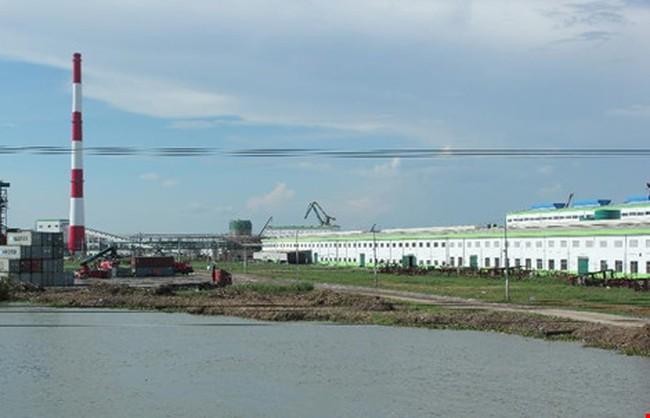 Đoàn thanh tra làm việc với nhà máy giấy tỉ đô ở Hậu Giang