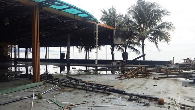 Nhà hàng bị tháo dỡ vì chắn tầm nhìn ra biển Nha Trang