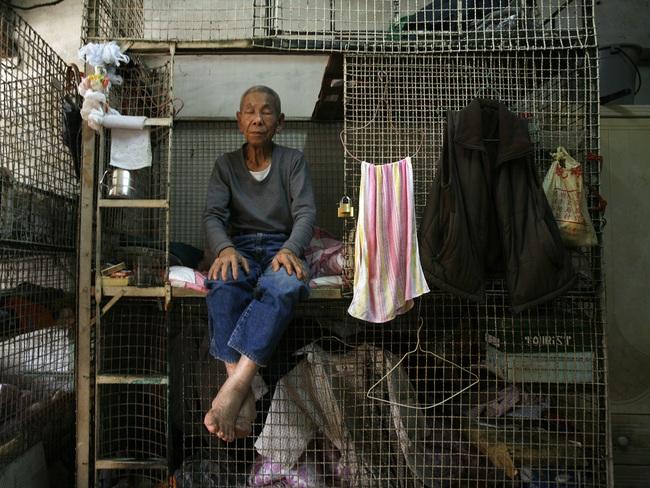 """""""Chung cư vạn dân"""" chưa là gì, người Việt sẽ cảm thấy mình may mắn nếu nhìn vào những chung cư """"chuồng chim"""" ở Hồng Kông"""
