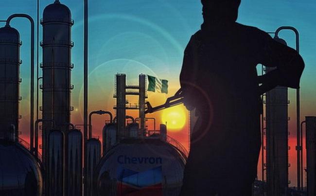 Căng thẳng tại Nigeria leo thang, giá dầu tăng mạnh