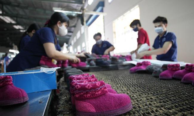"""Việt Nam có nguy cơ thành """"bàn đạp"""" của các ông lớn ngoại?"""