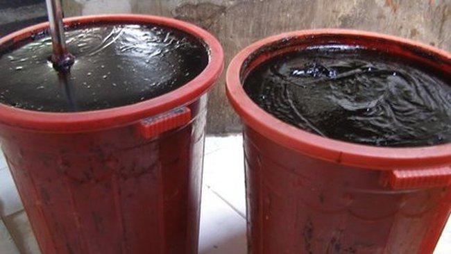 """Nước tương """"trộn"""" hóa chất độc hại"""