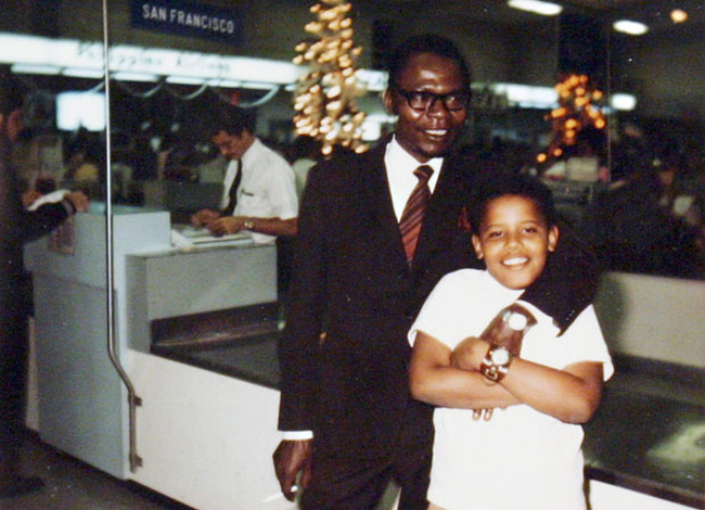 Obama: Từ cậu bé thiếu vòng tay cha tới tổng thống da màu đầu tiên của nước Mỹ