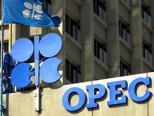 OPEC họp vào tháng 9 nhằm tìm cách bình ổn thị trường dầu mỏ