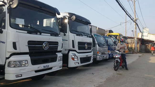 Lạng Sơn vượt thu ngân sách nhờ ôtô nhập từ Trung Quốc