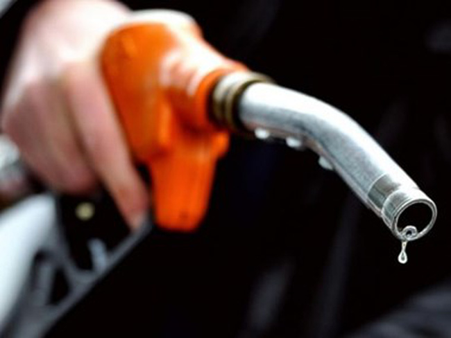 Thị trường châu Á có thể thiếu hụt 10.000 thùng xăng mỗi ngày